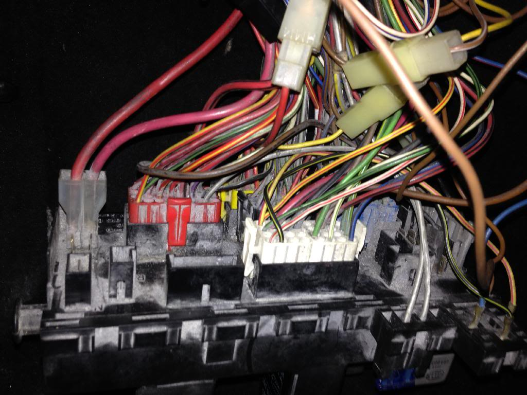 View Topic 16v Conversion Wiring The Mk1 Golf Owners Club A Fuse Box Uk Below Are Some Photos Of Think Its Mk2 Fusebox That May Or Not Be Useful